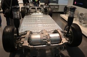 Tesla_Motors_Model_S_base