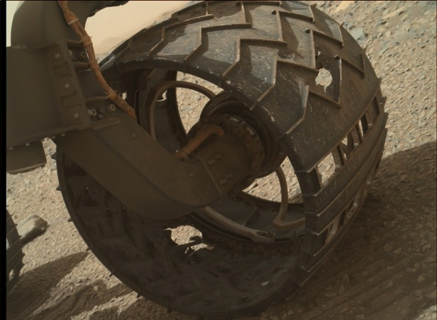 curiosity-wheel-wear